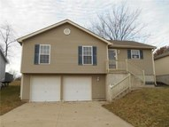 324 N Queen Ridge Ave Independence MO, 64056
