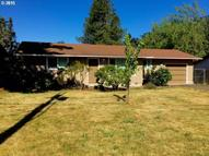665 N 11th St Cottage Grove OR, 97424