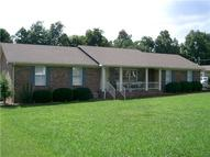 207 Idle Dr Shelbyville TN, 37160