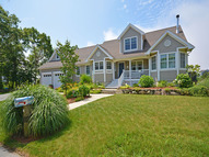 14 Weeden Place Fairhaven MA, 02719