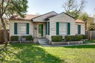 4252 S Cresthaven Road Dallas TX, 75209