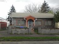 1201 Ne Holland St Portland OR, 97211