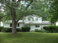 4230 Black Oak Cir Liverpool NY, 13088