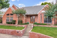 5906 Stoneshire Court Dallas TX, 75252