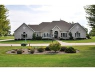 8154 Golf Course Dr Neenah WI, 54956