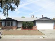 656 Wood Ln Lemoore CA, 93245