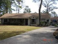 483 Old Hickory Dr Conroe TX, 77302