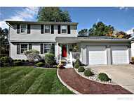 28 Sweetwood Dr N Amherst NY, 14228