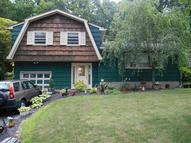46 Scrivani Dr Wanaque NJ, 07465