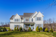 8 Cliffside Dr Stewartsville NJ, 08886
