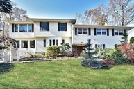 12 Wood Dr Morris Plains NJ, 07950
