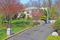35 Forest Dr. Watchung NJ, 07069