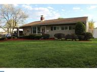21 Grove Ln Levittown PA, 19055