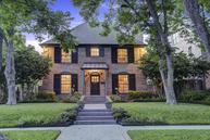 2032 Quenby St Houston TX, 77005