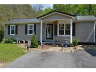 2122 Gum Branch Road Manchester KY, 40962