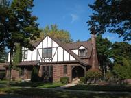 4401 N Wildwood Ave Shorewood WI, 53211