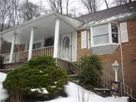 1303 Oakview White Oak PA, 15131