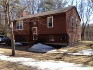 73 Woodlands Drive Epping NH, 03042
