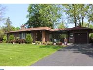 155 N Norwinden Dr Springfield PA, 19064