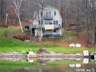421 River Ledge Rd Hammond NY, 13646
