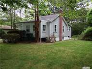 40 Mckinley St Brentwood NY, 11717