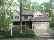 16 Evans Ln Miller Place NY, 11764