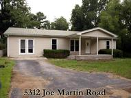 5312 Joe Martin Road Cookeville TN, 38501
