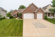 6443 Royal Oakland Dr Indianapolis IN, 46236