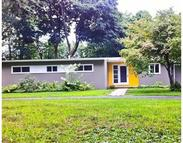 25 College View Hts South Hadley MA, 01075