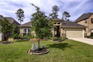 6 Caprice Bend Place Tomball TX, 77375