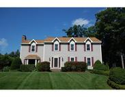 85 Wildflower Rd Leominster MA, 01453