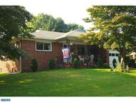 398 Chippewa St Essington PA, 19029