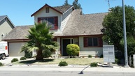 319 Baneberry Court Waterford CA, 95386