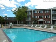 Pearlwood Estates Apartments Inver Grove Heights MN, 55077