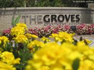 Groves Apartments Port Orange FL, 32129
