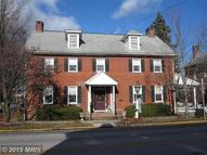 10 Lincoln Way W New Oxford PA, 17350