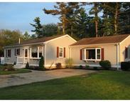 8 James Ave East Freetown MA, 02717