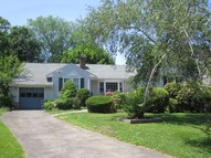 32 Maplewood Drive Cos Cob CT, 06807