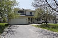215 Braxton Way Grayslake IL, 60030