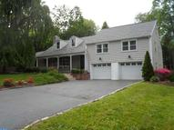 101 Tudor Ln Yardley PA, 19067
