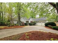 585 Kings Grant Walk Roswell GA, 30075