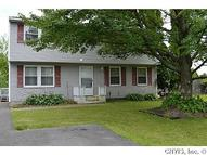 4981 Windgate Rd Liverpool NY, 13088