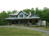 4590 Maple Drive Walnutport PA, 18088