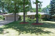 6843 North Lamon Avenue Lincolnwood IL, 60712