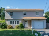7 Vermont St Melville NY, 11747