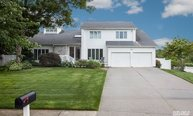 27 Rolling Hills Dr Nesconset NY, 11767