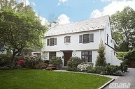 9 N Clover Dr Great Neck NY, 11021