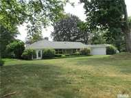 2 Foxwood Rd Great Neck NY, 11024