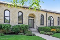 742 Lyster Road Highwood IL, 60040