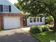 7 Chippendale Dr 7 Mount Sinai NY, 11766